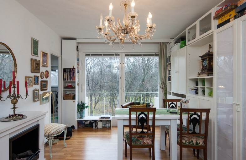 Elegant BERLIN FOR SALE APARTMENT WITH BALCONY AREA CHARLOTTENBURG