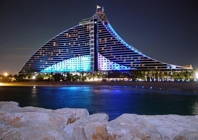 Jumeirah beach de dubai est il devenu le meilleur hotel du for Hotel meilleur