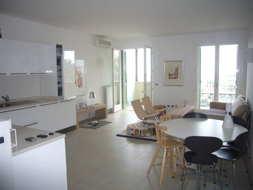 Liguria appartamenti ville finale ligure alassio for Appartamenti barcellona 20 euro a notte