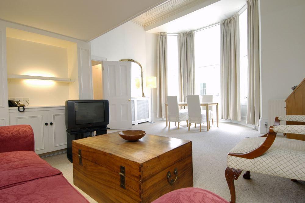 Londra appartamenti chelsea for Studio vs 1 bedroom difference