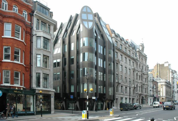 Londra appartamento appartamenti casa case villa vendita for Tipi di case