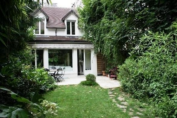 Appartamenti con giardino in vendita idee per la casa for Acquisto casa milano